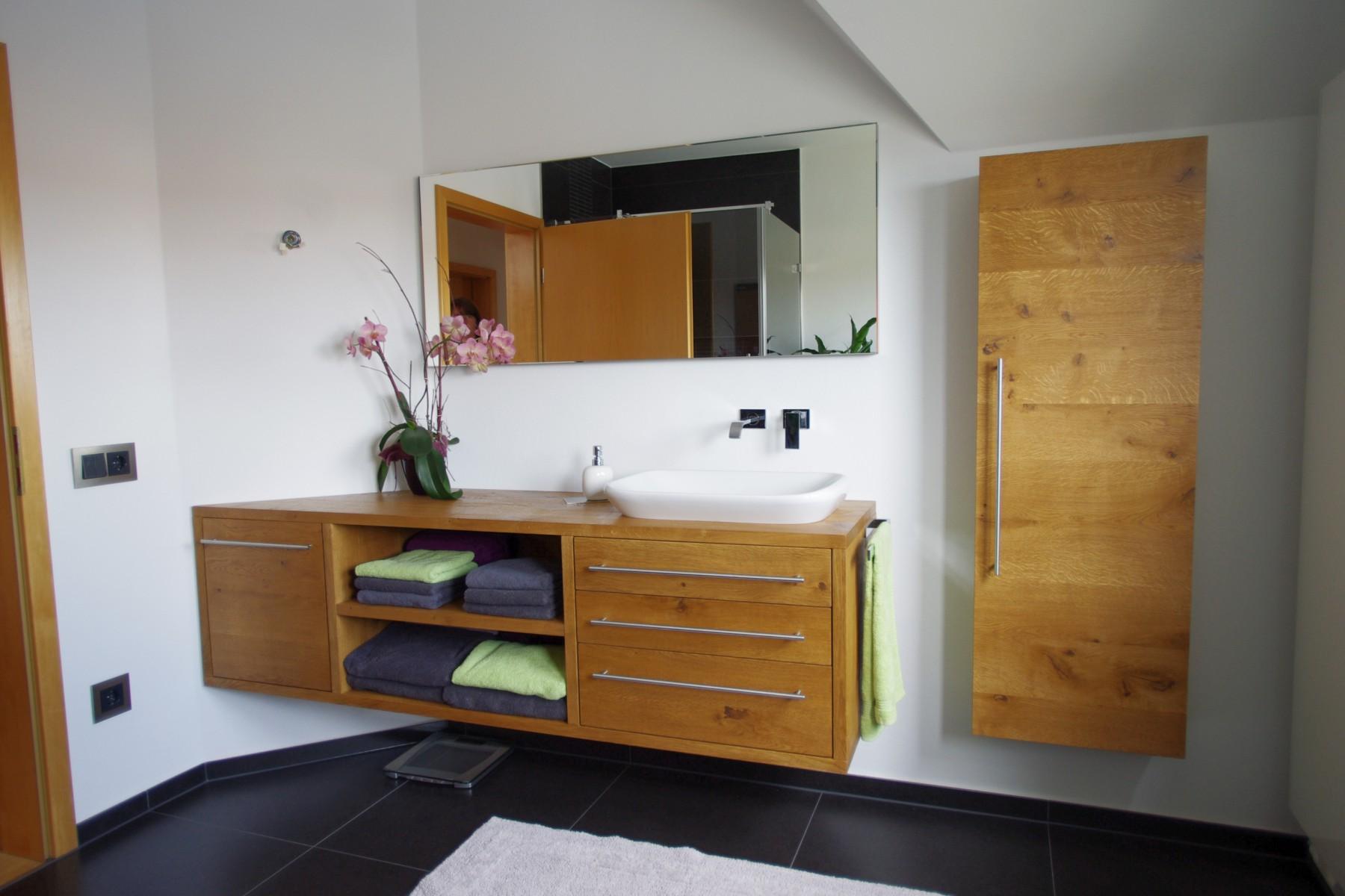 Schubladeneinteilung badmobel for Preiswerte badezimmermobel